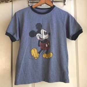 Adorable Vtg Disney Mickey Mouse ringer t-shirt